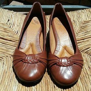 Nurture Joclynn Tan Leather Wedge Shoe